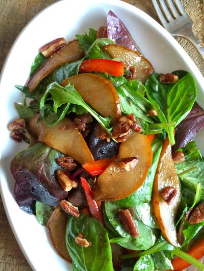 Balsamic Pear and Candied Pecan Salad